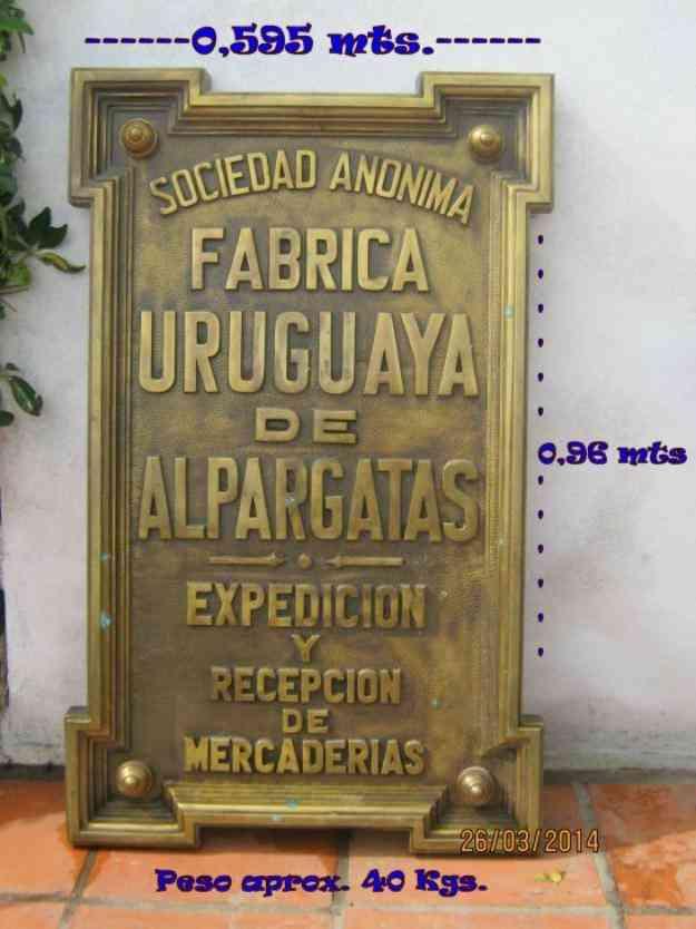 Placa de Bronce de entrada al depósito de S.A. Fábrica Uruguaya de Alpargatas , Atlántida , Colecciones , Antiguedades , Antigüedades