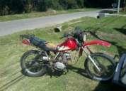 Muy buena moto assaki, 125cc, poco uso, único dueño. motor original, nunca tocado, , realmente val