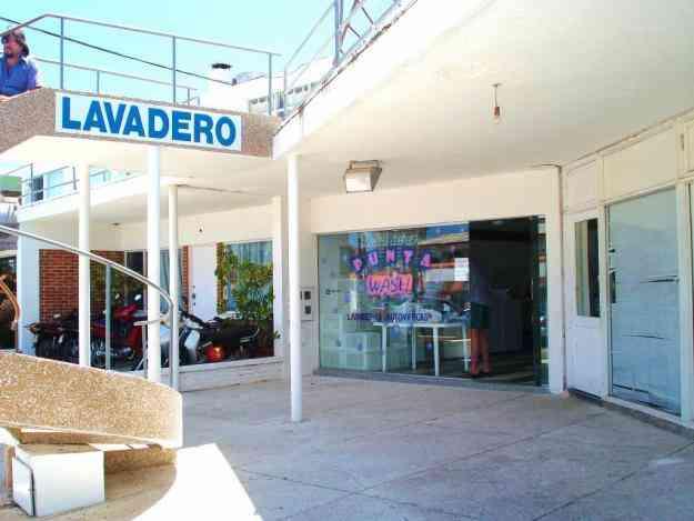 Venta lavadero de ropa punta del este uruguay zona for Muebles en punta del este uruguay