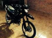 Impecable como nueva moto cross enduro 250